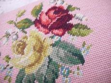 画像8: ニードルポイントプチポワン薔薇柄フットスツール (8)