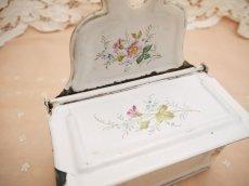 画像8: エトワール社白小花柄アリュメット缶 (8)