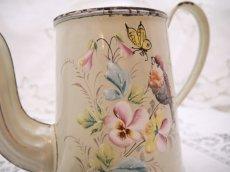 画像4: 小鳥と蝶お花柄のホーローポット (4)