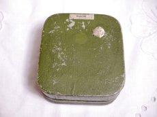 画像4: 古い紙製グリーンのパウダーケース violette (4)