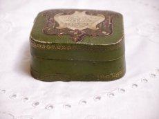 画像3: 古い紙製グリーンのパウダーケース violette (3)