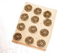 画像1: 通常価格¥2400→¥1200プラスチック 台紙付きボタン12個セット (1)