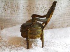 画像3: ブロンズ製椅子型アクセサリーケース (3)