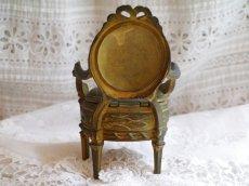 画像4: ブロンズ製椅子型アクセサリーケース (4)