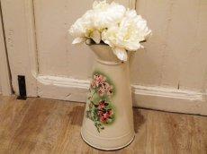 画像1: ジャピー社 ピンクの花柄大きめジャグ (1)