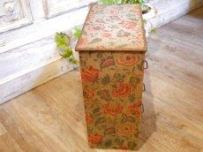 画像5: 花とツタ柄四段カルトナージュボックス (5)