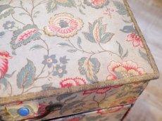 画像6: 花とツタ柄四段カルトナージュボックス (6)