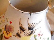 画像13: 花と小鳥柄ハンドペイントの白のポット (13)