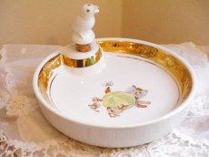 画像2: 猫とアヒルのヒナの絵柄 子供用保温皿 (2)