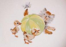 画像4: 猫とアヒルのヒナの絵柄 子供用保温皿 (4)
