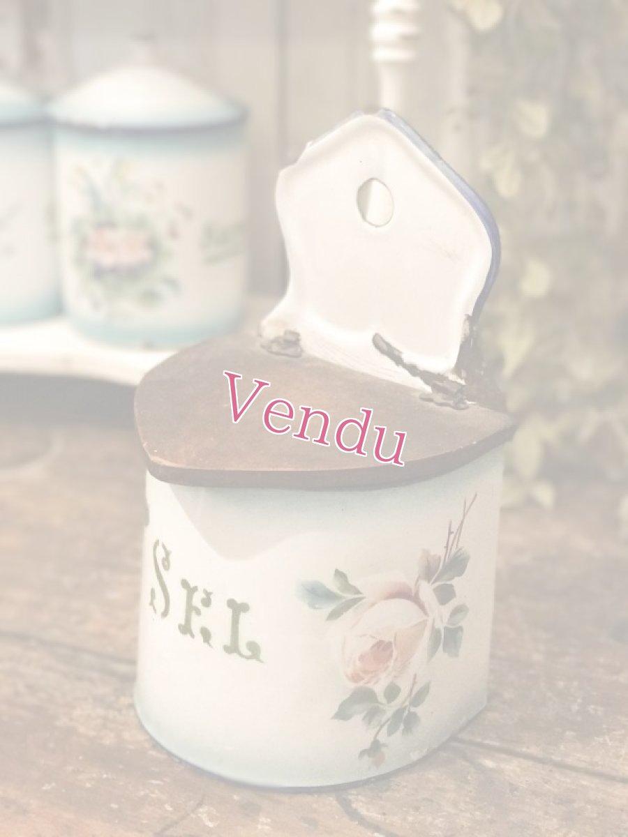 画像1: ジャピー社 グリーンぼかし 薔薇柄セル缶 (1)