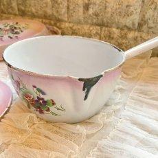 画像4: DOULIN et DELANGRE社ピンクぼかし 花柄 蓋つき片手鍋 (4)