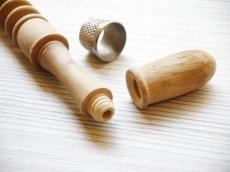 画像4: 木製 携帯用ニードルケース (4)