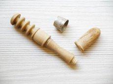画像3: 木製 携帯用ニードルケース (3)