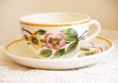 画像2: サルグミンヌ 可愛い花柄カップ&ソーサー (2)