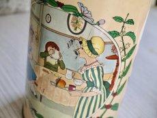 画像7: 女性と子供柄の円柱型Tin缶 (7)
