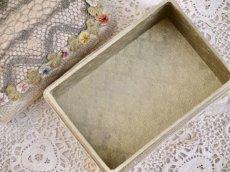 画像7: フレンチロココリボン付きピンクッション カルトナージュ小箱 (7)