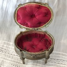 画像6: 薔薇とお花モチーフのブロンズ製トリンケットボックス (6)