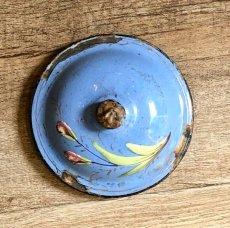 画像9: 小鳥や蝶 お花柄のブルーポット (9)