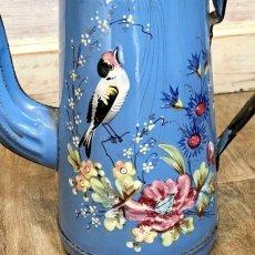 画像6: 小鳥や蝶 お花柄のブルーポット (6)