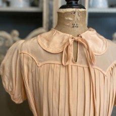 画像3: サーモンピンクプリーツキッズドレス (3)