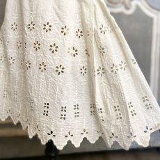 画像8: 花柄カットワークレース キッズドレス (8)