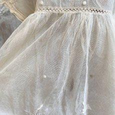 画像8: エクリュ色の繊細なチャイルドチュールドレス (8)