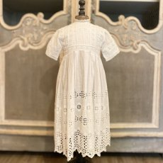 画像1: 機械刺繍のヴィンテージ洗礼ドレス  (1)