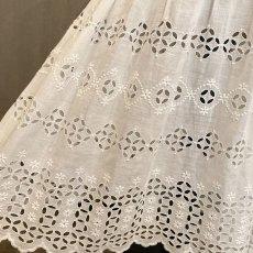 画像4: 機械刺繍のヴィンテージ洗礼ドレス  (4)