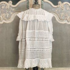 画像1: たっぷりレースのチャイルドドレス (1)