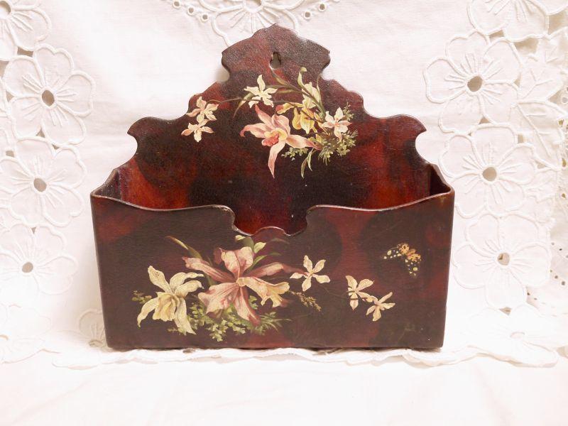 画像1: 蝶と蘭の柄パピエマシェレターラック (1)