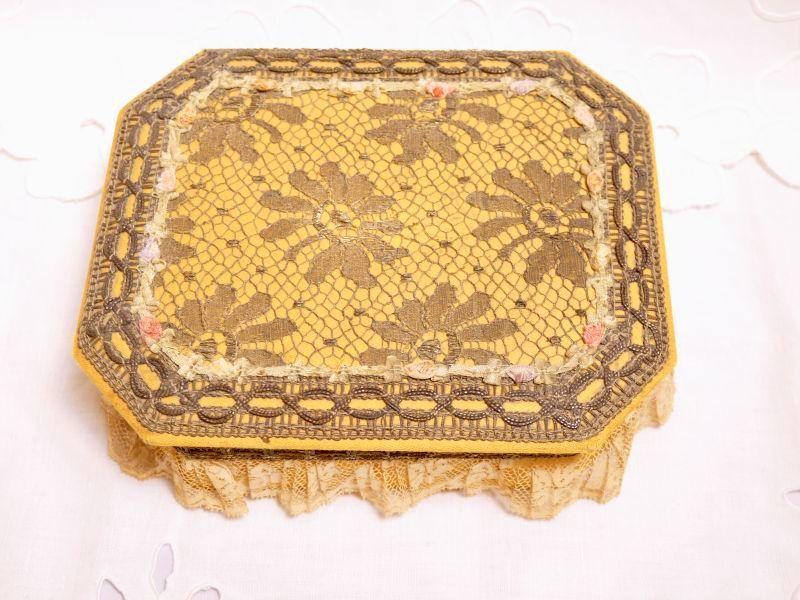 画像1: メタルレースロココリボン装飾カルトナージュボックス (1)