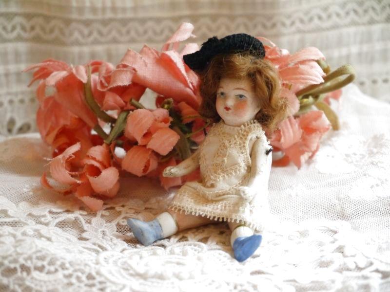 画像1: 帽子をかぶった小さなミニョネット (1)