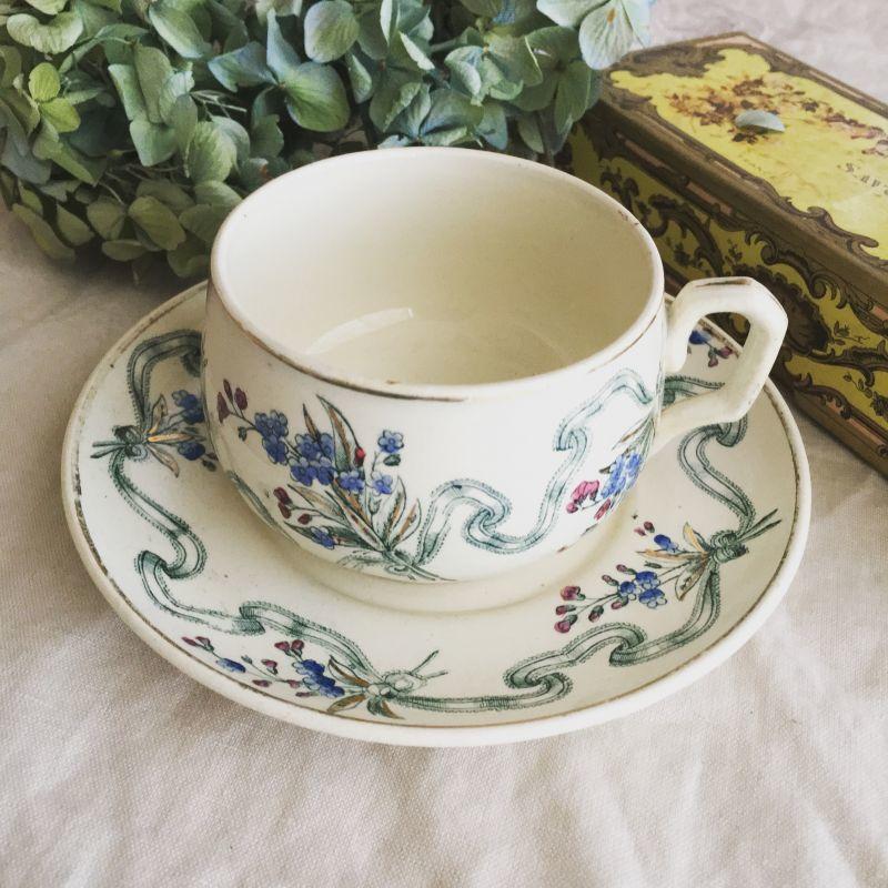 画像1: クレイユモントロー花とリボンのカップ&ソーサー.a (1)