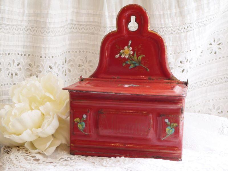 画像1: エトワール社 白いお花柄 赤いアリュメット缶 (1)