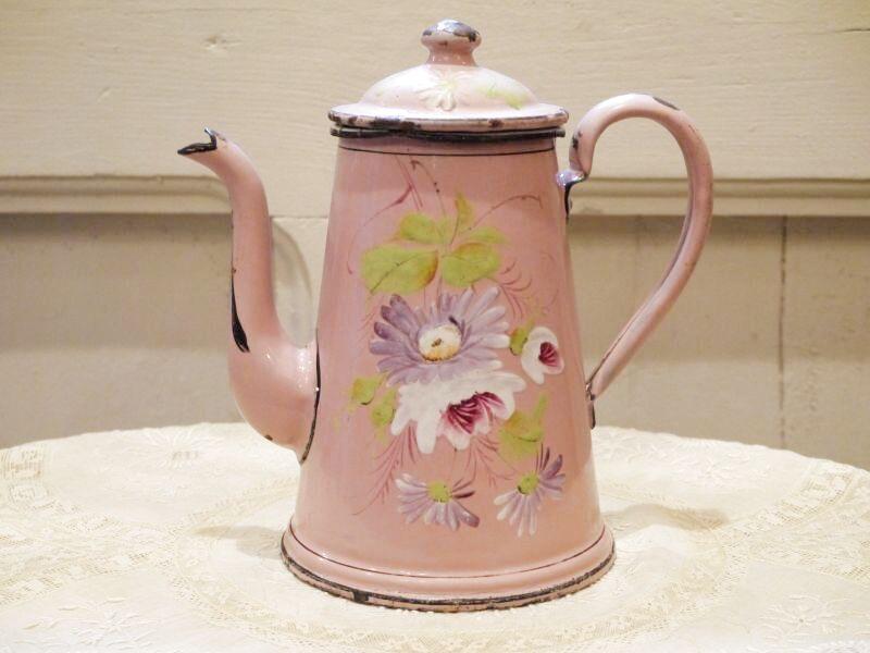 画像1: 花柄小さめサイズのピンクのホーローポット (1)