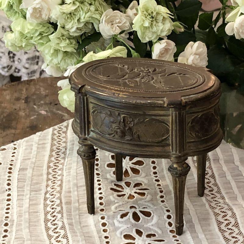 画像1: 薔薇とお花モチーフのブロンズ製トリンケットボックス (1)